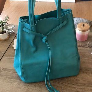 Handbags - Lightweight Turquoise Summer Tote Purse